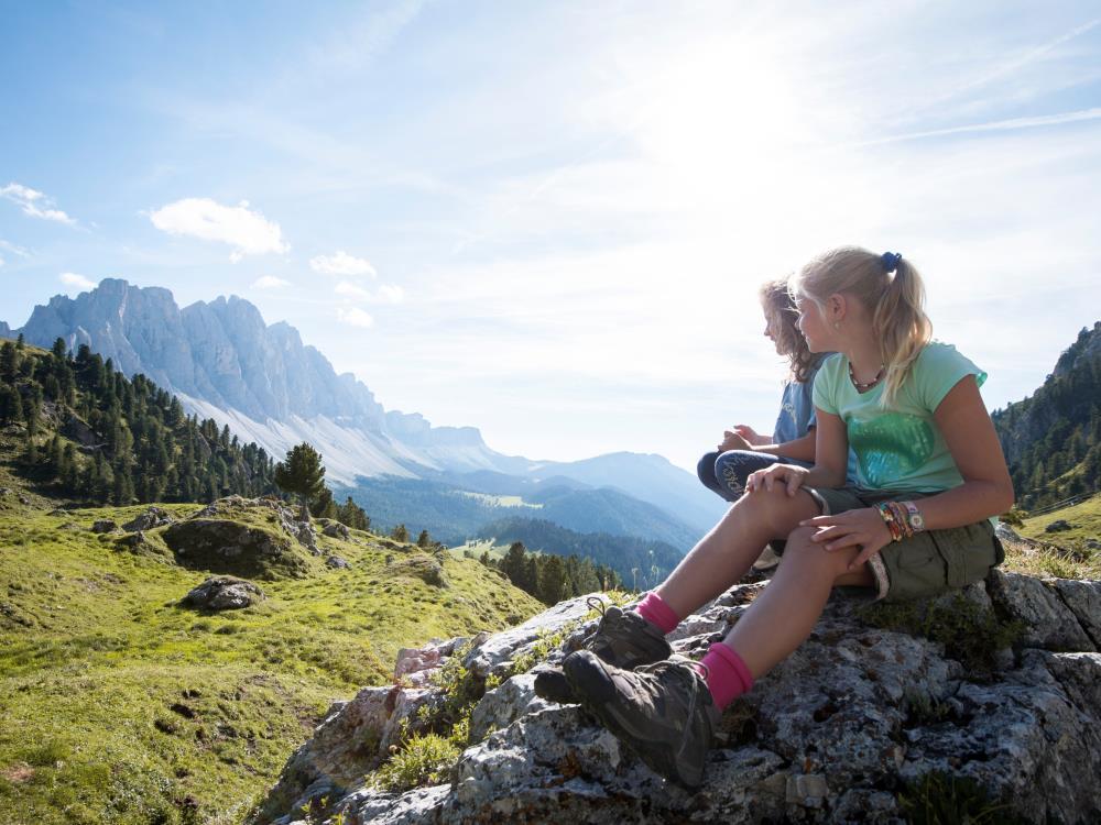Der Naturpark Puez-Geisler umfasst eine Fläche von rund 10.722 ha